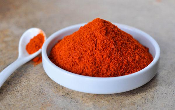 پودر فلفل قرمز خالص و درجه یک هندوستان